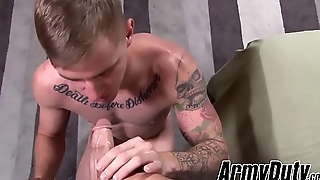 Two military men can'_t resist their lust for hard bareback