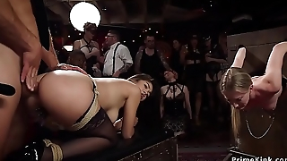 Mistress zappers blondes ass at orgy